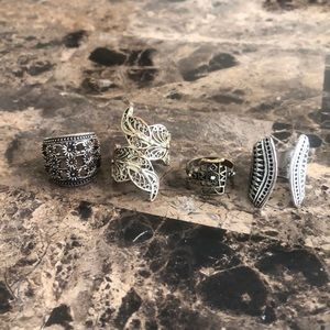 Set of four statement rings